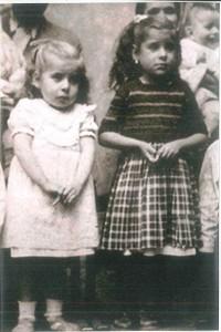 3 años ella y su hermana